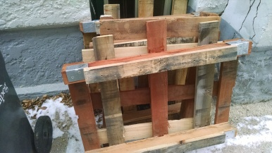 Hardwood pallets from